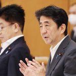 安倍疑健康亮紅燈仍要撐 分析:凸顯日本社會拚搏心態
